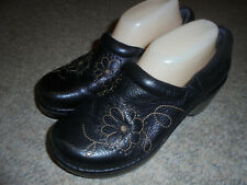 ARIAT BLACK EMBROIDERED FLOWERS LEATHER CLOGS SLIP ON SHOES SIZE 9 B