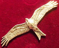 Quality Pewter Falcon Osprey /& Fish Falconry Brooch Pin