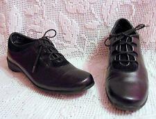Munro Venture Black Oxford Women size 5.5 M EXCELLENT Soft leather suede trim
