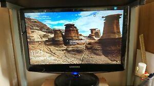 "SAMSUNG Black Widescreen 1600 x 900 20"" SyncMaster B2030N LED LCD Monitor boxed"