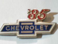 1985 Chevrolet Pin Badge Chevy Auto Pins lapel Hat Tack (**)