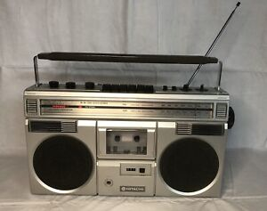 VINTAGE HITACHI TRK-7400H BOOMBOX RADIO PORTABLE CASSETTE PLAYER GHETTO BLASTER