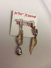 BETSEY JOHNSON Crystal Feather Drop Earrings Mismatch Angel & Wing BA-5