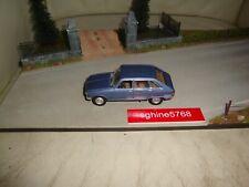 UH Universal Hobbies 1/43 - Renault 16 modèle 1965 / R16