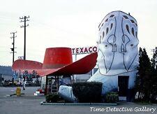 Hat N' Boots Texaco Gas Station, Rt 99, Seattle, Washington - Giclee Photo Print