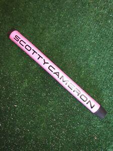 Scotty Cameron Matador Midsize Putter Grip Pink/Black