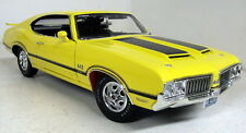 Acme 1/18 Scale A1805606 1970 Oldsmobile 442 Dr Olds Yellow R2 diecast model Car