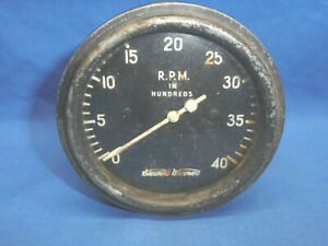 Stewart Warner Tachometer 4000 RPM Ball Needle Pointer Curved Lens CT37