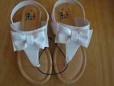 NEW Girl Toddler *9**10**11* HEATHTEX White Patent Bow Sandals Shoe NWT!