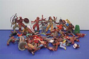 70134 Bastel Konvolut Elastolin u.a. 7cm Sammeliguren, Indianer, Wild West u.a.
