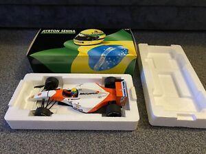Minichamps Ayrton Senna Mclaren MP4 / 8 Ford 1993 Lang 1:18 540 931808
