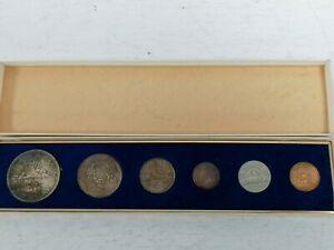 Boxed Canadian Collectible Coins 1966 One Dollar 50 Cent  10 Cent  Some Silver