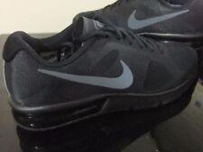 Scarpe sportive traspirante misto Nike