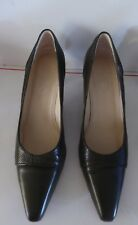 Talbots Womens Dress Shoes Made in Italy Olive Green Leather Size 6.5 W EUC
