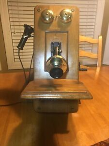 """Vintage Guild Model 556  """"The Country Belle"""" Wall Phone Tube Radio AM/FM"""