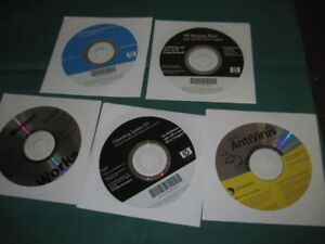 Microsoft Windows XP Professional OS CD Service Pack 2 HP Compaq Works 7.0 2005