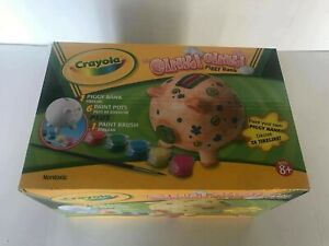 """Crayola """"Oink! Oink"""" Create Your Own Piggy Bank"""