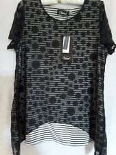 Vivid Ladies Top Black and White Size 14