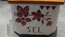 Boite à sel ancienne en céramique, porcelaine estampillée.