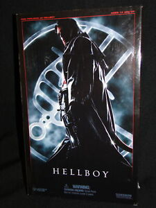 Boxed SIDESHOW Collectables - Ron Pearlman As HELLBOY - 12 Action Figure