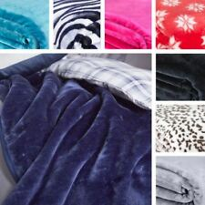 Catherine Lansfield Contemporary Bed Blankets