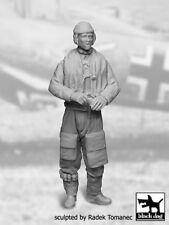 Black Dog 1/32 German Luftwaffe Fighter Pilot #2 WWII wearing Life Jacket F32032
