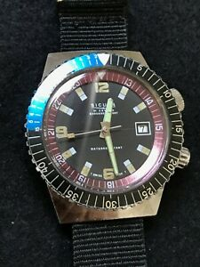Vintage Sicura compressor-style diver's watch - running well