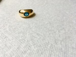 18K Gold ring with blue Topaz stone