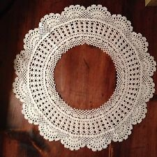 Vintage Collar Ivory Scalloped Edge Crochet Collar