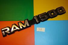 Genuine Dodge RAM 1500 Chrome & Noir Front Wing/Fender ou Hayon Badge Emblème