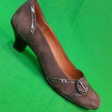 Sofft brown suede leather pumps kitten heels button patent leather accent 9 M
