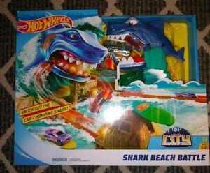 Hot Wheels City Shark Beach Battle Challenge Playset brand new in box