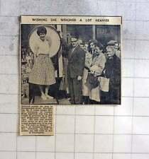 1960 Mr P Leigh Weighing Mrs Jill Nicholson, London Road Appleton, Love Or Money