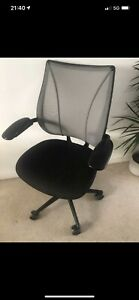 HUMANSCALE LIBERTY OFFICE CHAIRS X18