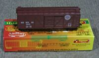 Roundhouse HO Scale 40 Foot Seaboard Truss Side Box Car Assembled Kit New