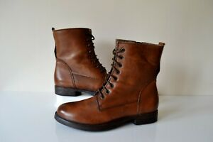 """CLARK`S """"MOODY CUTE"""" TAN LEATHER LACE UP/ZIP BIKER STYLE ANKLE BOOTS UK 4D"""