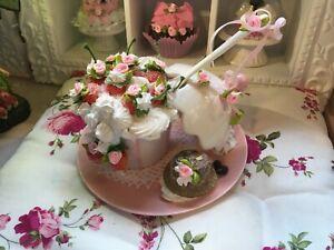 Deko Porzellan Cupcake Erdbeeren Sahne Baisers Löffel Rosen Landhaus NEU