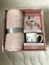 Soft, Warm & Cozy Throw and Mug Gift Set