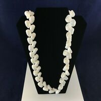 FABULOUS VINTAGE ESTATE FIND LARGE WHITE SHELL NECKLACE ALOHA A5