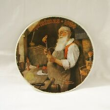 1984 KNOWLES Norman Rockwell #11 SANTA IN HIS WORKSHOP Christmas Collector Plate
