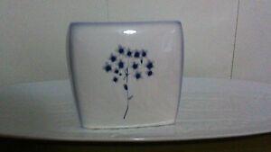 Kohls Ceramic Tissue Cover Blue Floral