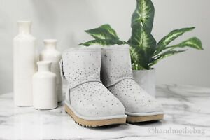 UGG Australia Stargirl Bow Mini Size 7 Seal Grey Suede Pull On Fur Lined Boots