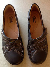 Clark's Collection Ladies Black Leather Slip -On Shoes Size US 6.5