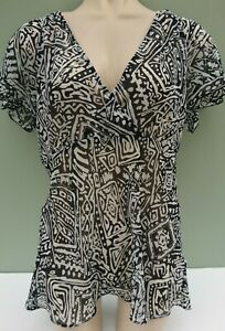 Ladies black & white top, size 12 from Savoir, sheer material, easy Summer wear
