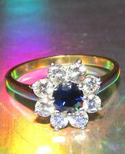 BELLISSIMO di seconda mano Platino 18 ctgold Zaffiro & Diamante Anello di Cluster Taglia P1/2