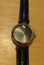Vintage FMD ZRT44004 diamond ladies watch, running with new battery NR G