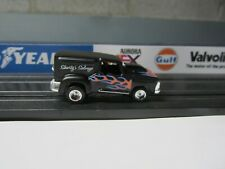 CUSTOM TRUCK WITH NEW DASH CHASSIS HO SLOT CAR
