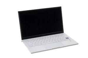 Samsung Galaxy Book Ion 13.3 Zoll i5-10210U 8GB RAM 256GB SSD silber - Wie neu