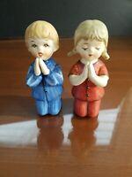 2 OLDER SCHMID BROS CHILDREN PRAYING FIGURINES