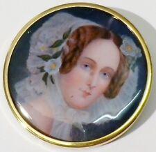 broche rétro ronde image femme sous résine transparente fixe couleur or * 438